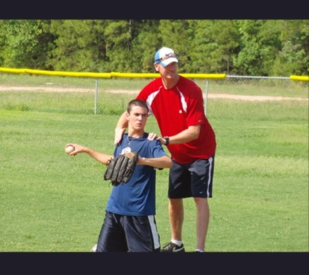 Coaching Bill Ferderer on Hip Shoulder Separation Knee Drill